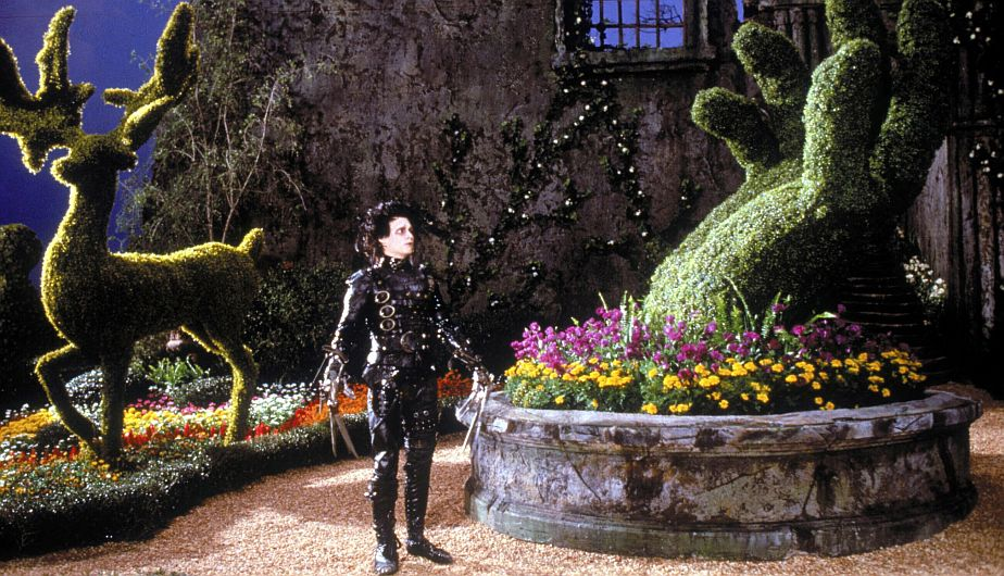 Edward Scissorhands (1990) Directed by Tim Burton Shown: Johnny Depp (as Edward Scissorhands)